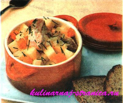 Мясо тушенное с грибами и помидорами